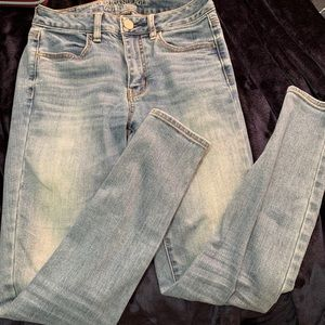 American Eagle high waisted skinny jeans size 2